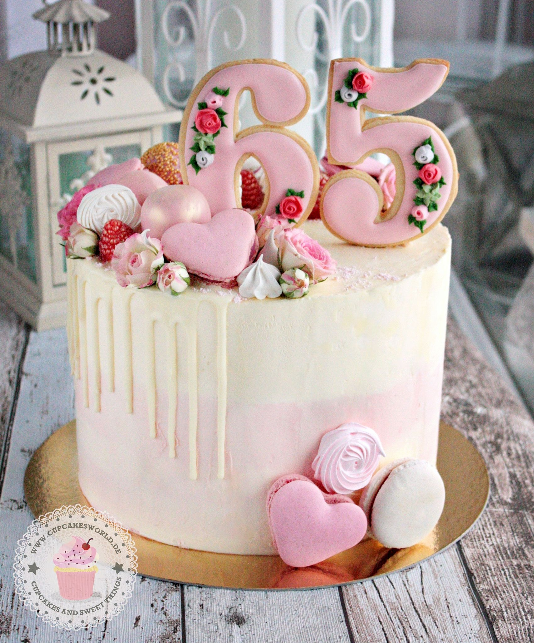 CREMETORTEN - Julia Bärwald #celebrationcakes