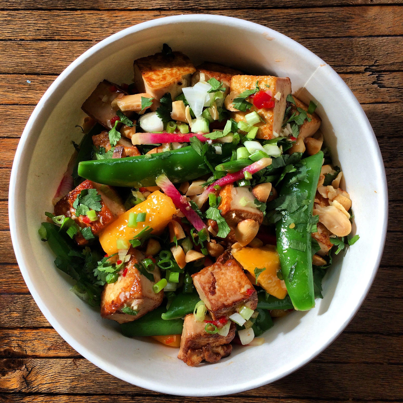 salade de pois mange tout mangue citronnelle gingembre la lunchbox du petit catering. Black Bedroom Furniture Sets. Home Design Ideas