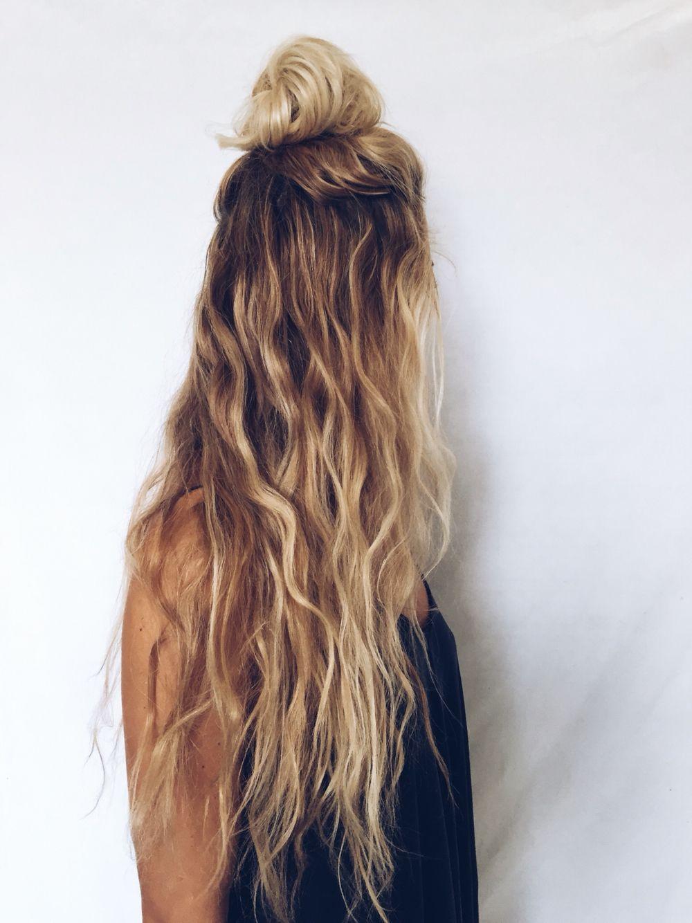 long hair, blonde, curly wavy, natural kcdoubletake