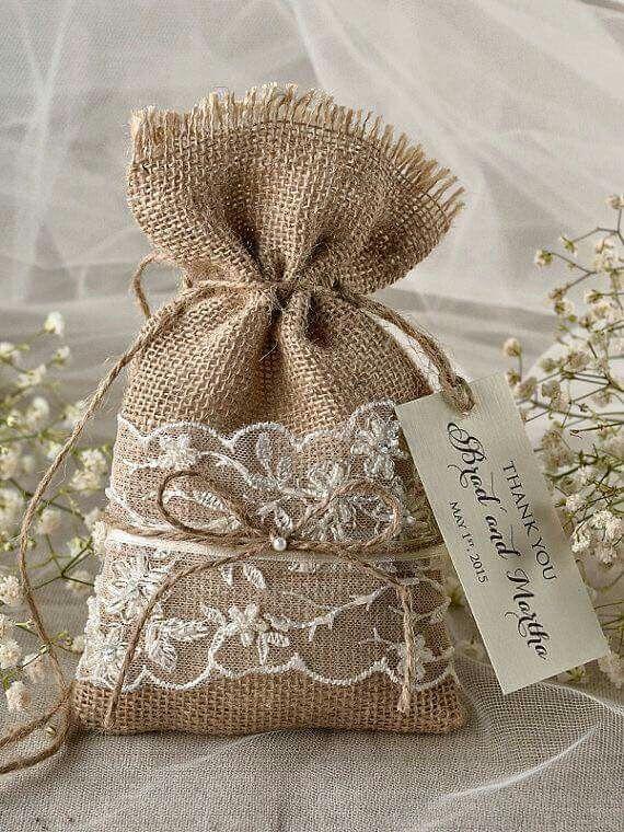 Pin de dimary en ideas con tela de saco pinterest - Bolsitas de tela de saco ...