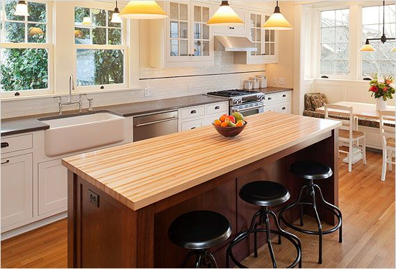 Think Of Your Kitchen Island As An Opportunity To Really Drive Style Vision Home Tip Try Complementing Not Matching The Countertop And Cabinet