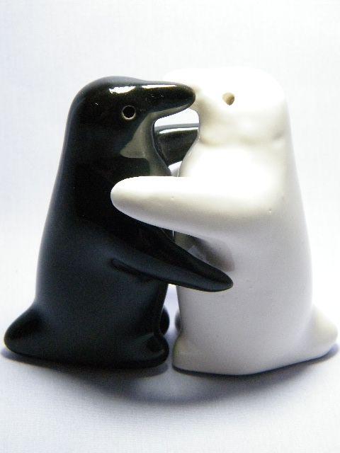 Ceramic Hugging Of Penguins Salt Pepper Shakers In Black White 12 25 2017 Love Cts
