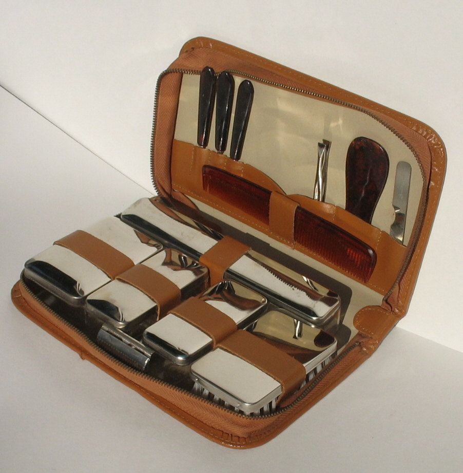 Brown Vintage Men s Travel Grooming Shaving Kit 13 pieces with ... b6822611997dc