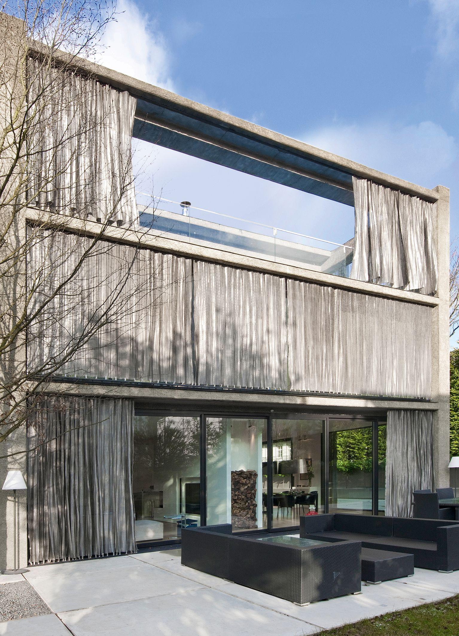 Villa Funken In Koln Fassade Aus Liapor Leichtbeton Mit Stahlblechvorhangen Von Artis Paas Architekten Leichtbeton Fassade Villa