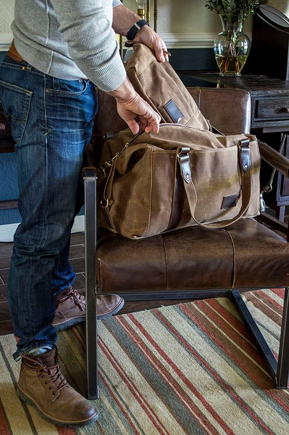 495 Men s Weekender Bag, Personalized Duffle Bag in Brown Waxed Canvas, Gym  Bag, Carry On Travel Bag, Overnight Bag, Gift for Him c9c6f0fdf8