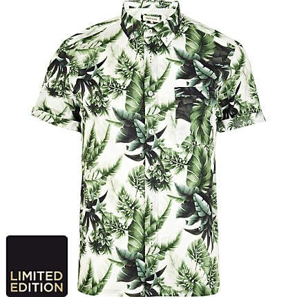 Green leaf print short sleeve shirt