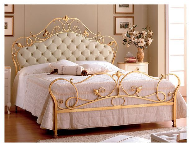 lit en fer forg en promotion pas cher lit a. Black Bedroom Furniture Sets. Home Design Ideas