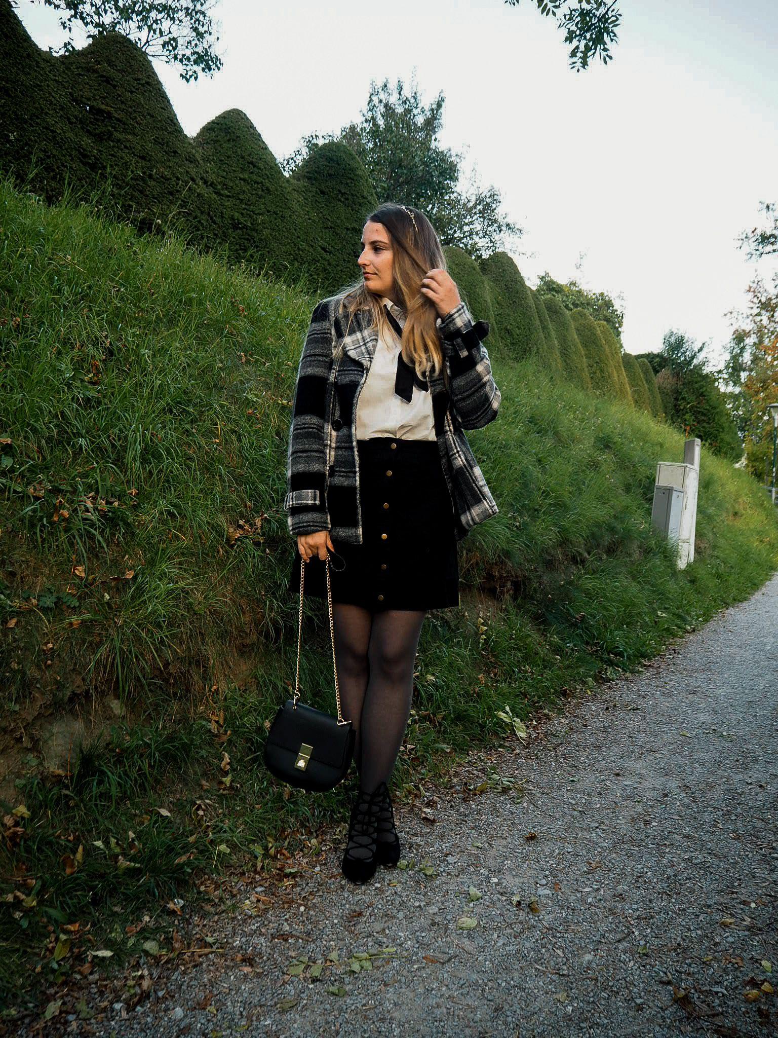 Blair Waldorf Inspired Outfit | Bluse mit schleife, Blair
