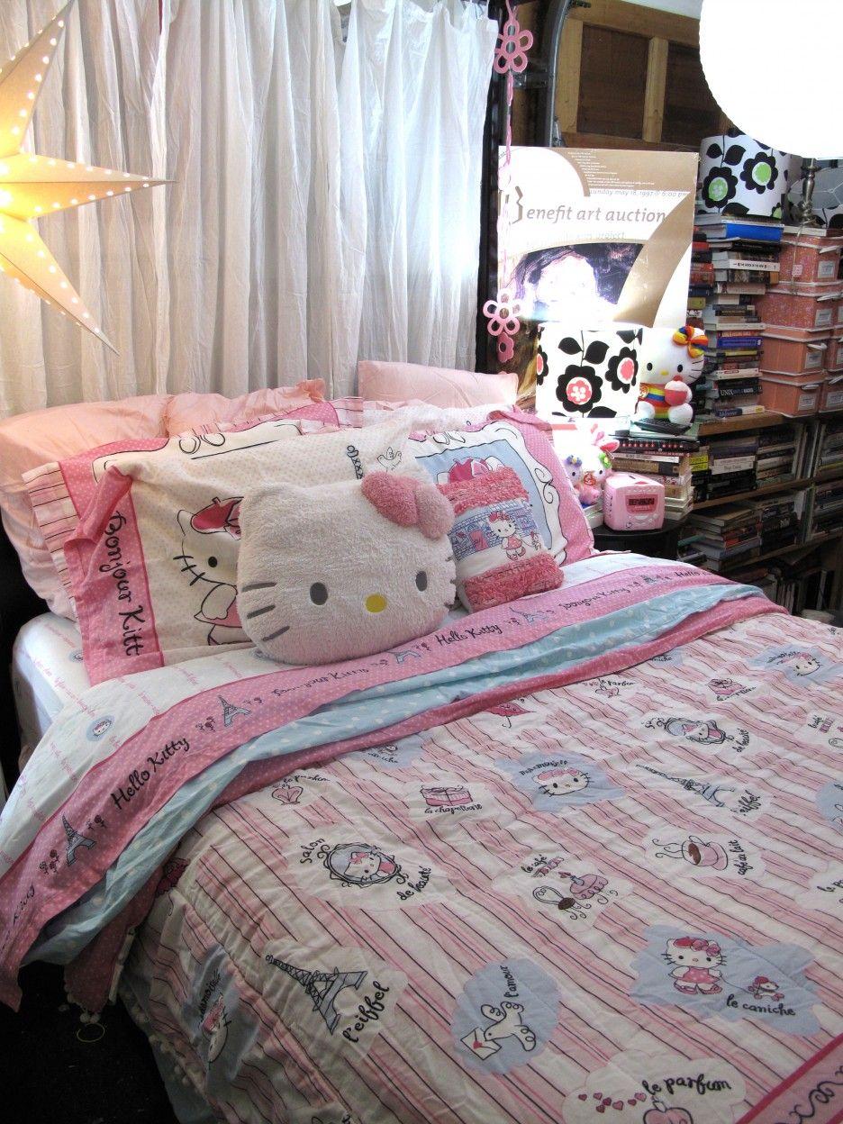 Kids room ideas for girls hello kitty - Kids Room Hello Kitty Bedroom Ideas For Girls With Pink Stripes Kitty Blanket Also White