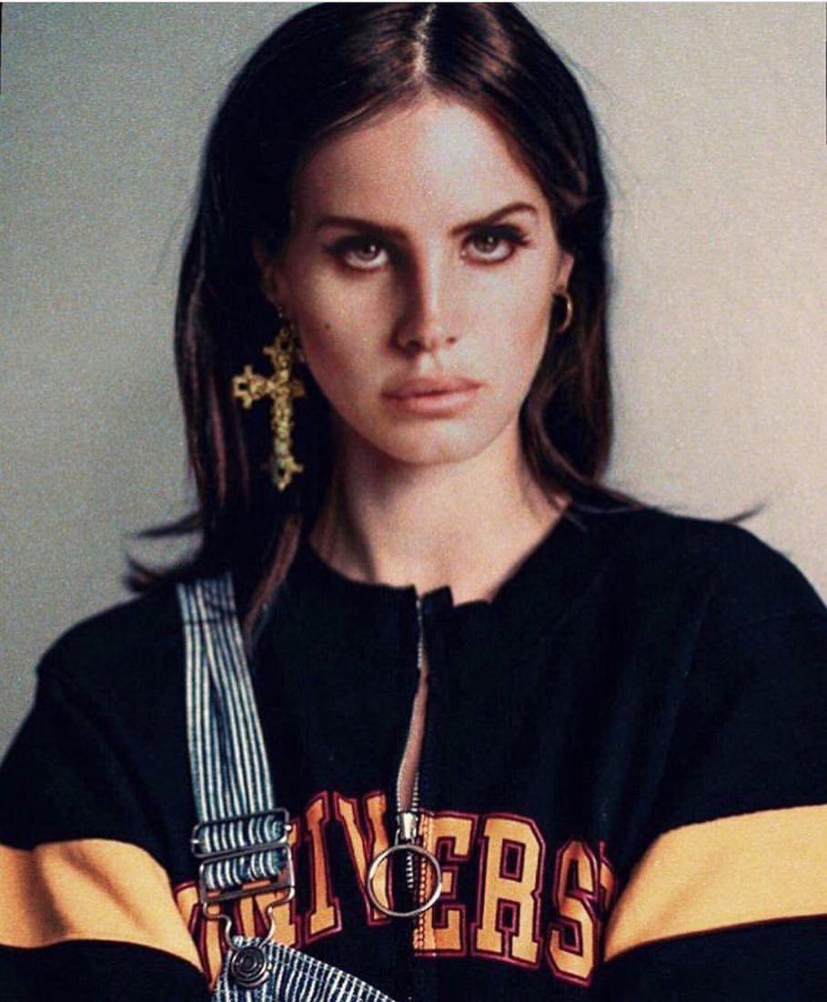 """Lana Del Rey op Instagram: """""""" Je hebt mijn verdriet uit de context gehaald ... &quo... #lanadelreyaesthetic"""