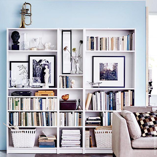 """Photo of IKEA Deutschland on Instagram: """"Wenn das #BILLY Regal zur Galerie wird. #Regal #Sofa #Wohnzimmer #STOCKHOLM #meinIKEA"""""""
