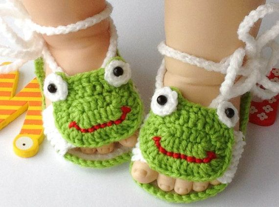 New Style Handmade Crochet Frog Newborn Baby Shoes Baby Sandals Baby Slipper