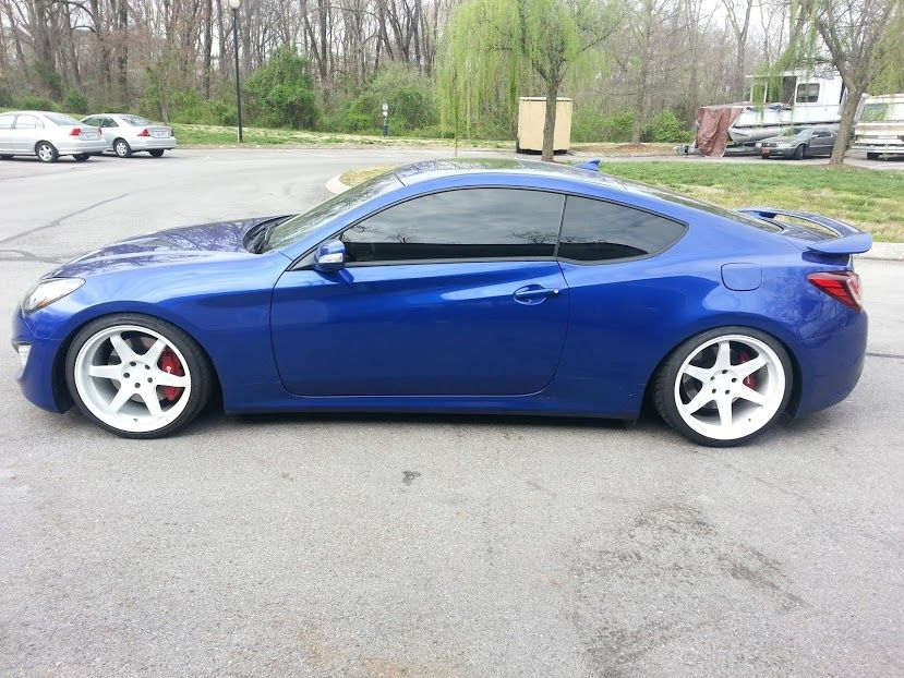 2012 hyundai genesis coupe in Shoreline Drive Blue