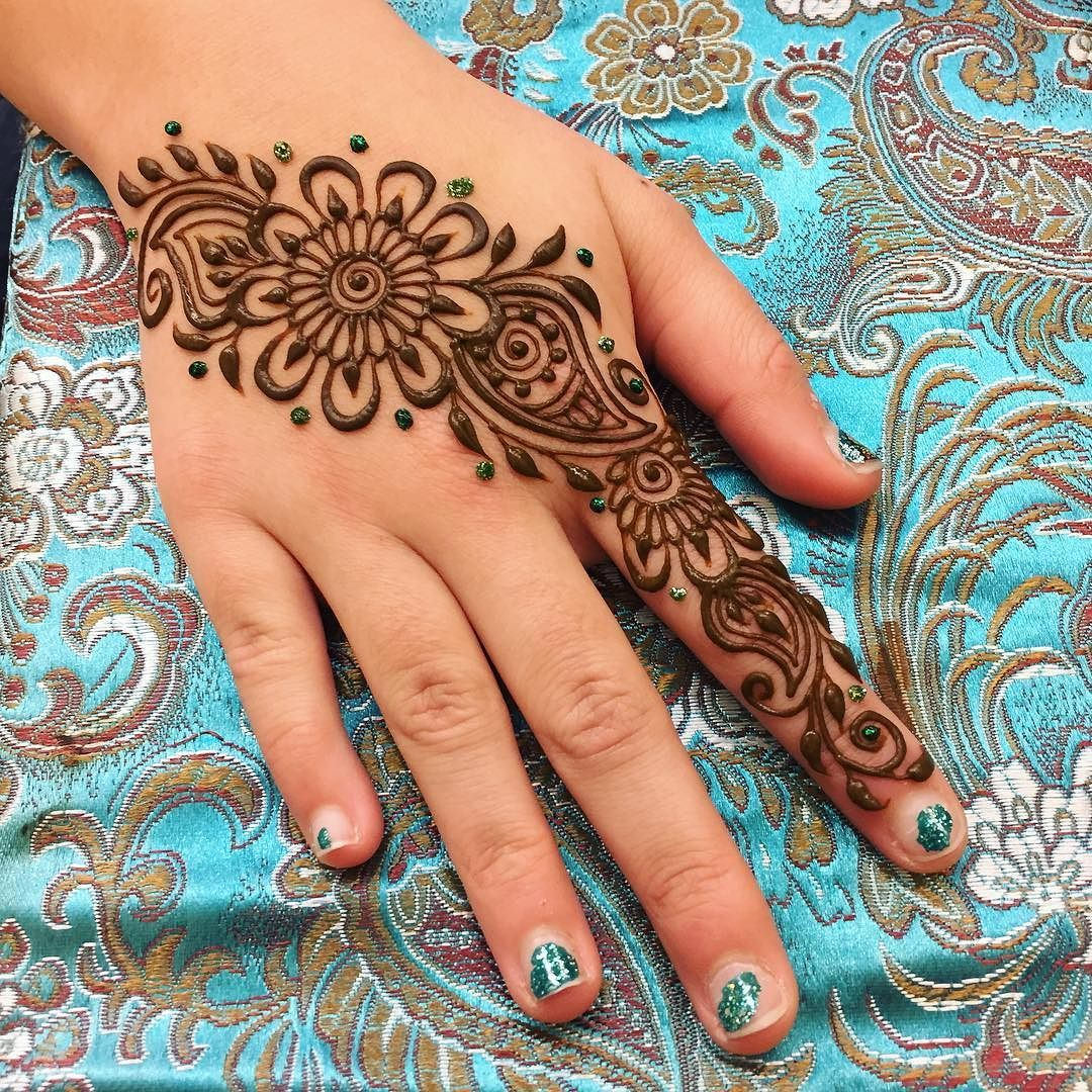 Cute Henna Designs: Cute And Simple