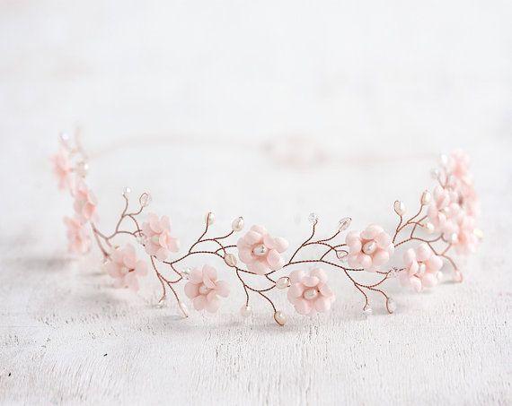 51 Blush crown Pink gold tiara Rosy crown Blush wedding Pink gold accessories Pink wedding Tender wedding Delicate bride Boho Wedding #crowntiara