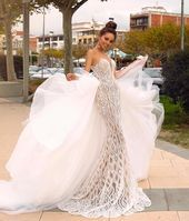 21 Wedding Dresses That Can Turn Your Big Day Into a Fairy Tale