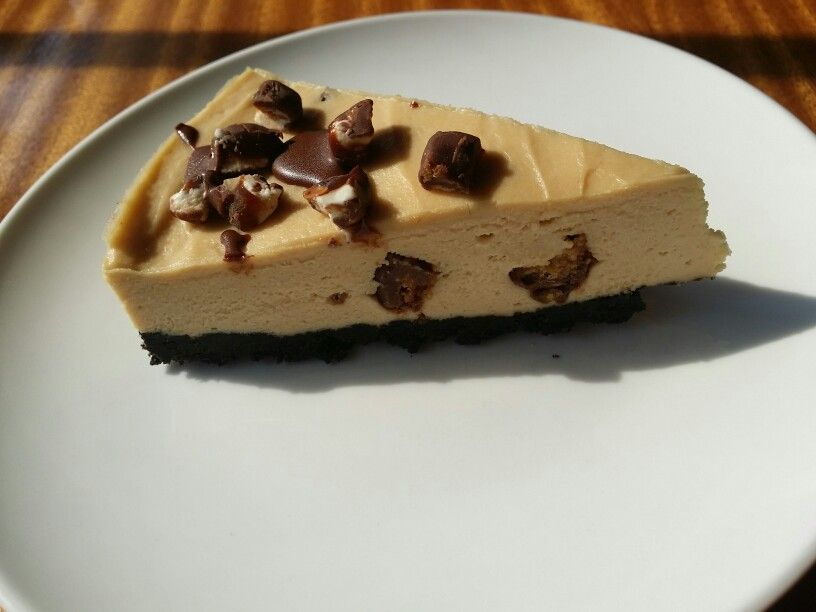 Very peanut cheese cake await taman danau desa
