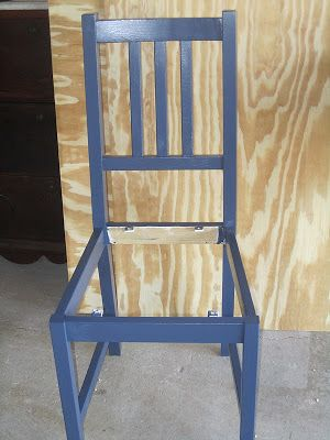 instructions to paint and pad a Stefan chair