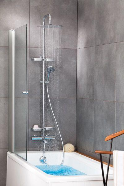 colonne de douche dans baignoire