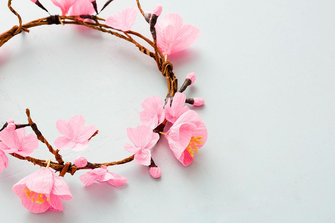 How To Make A Cherry Blossom Flower Crown Cherry Blossom Flowers Flower Crown Blossom Flower