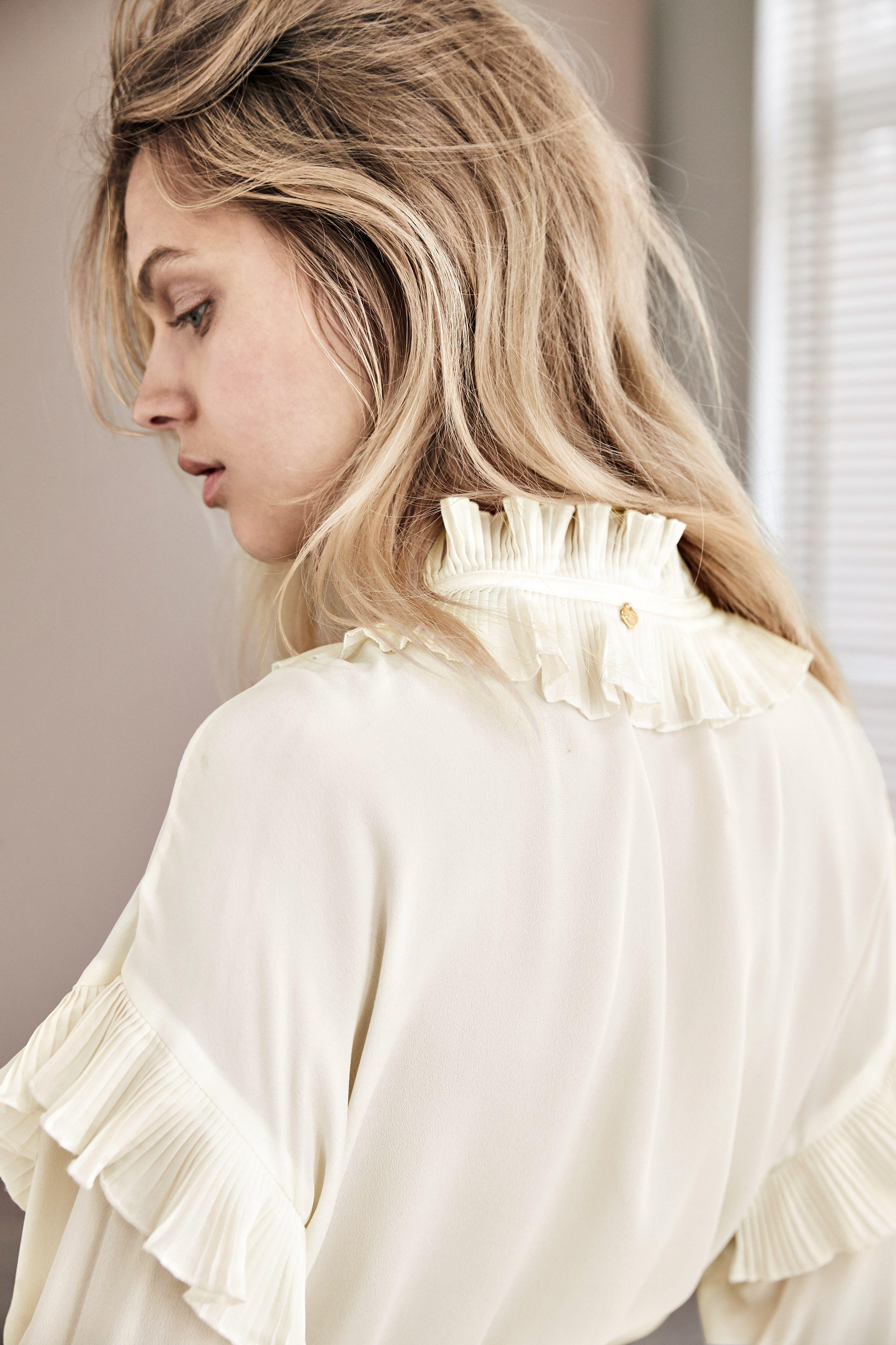 Twinset MILANO Kleid   Impressionen   Romantische mode, Kleider ...