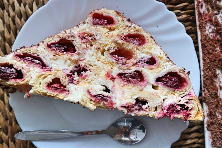 Saftiger Extrem Schokoladiger Rotwein Kuchen Mit Kirschen Rezept Kuchen Mit Kirschen Rotweinkuchen Mit Kirschen Und Kuchen Und Torten