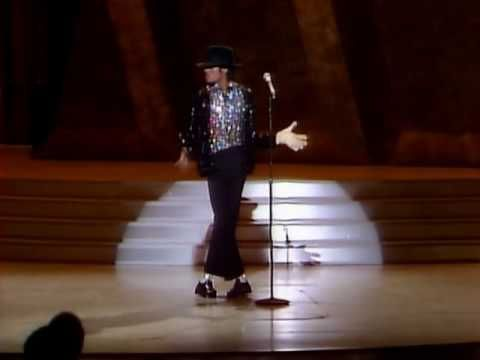 Moonwalk - Michael Jackson - Billie Jean - The First Moonwalk King Of Pop.