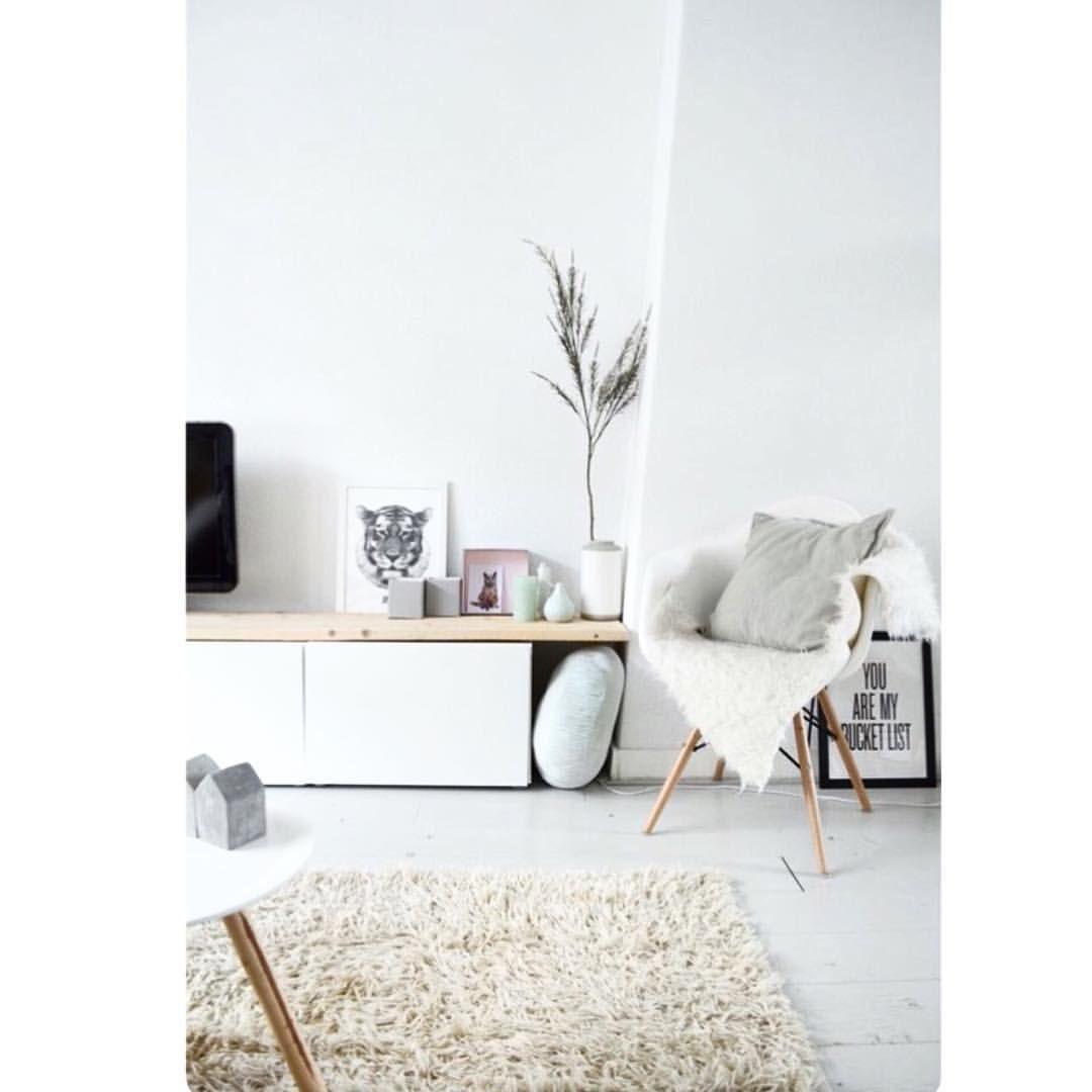 Eiffel chair living room - Eiffel Chair Throw Living Room
