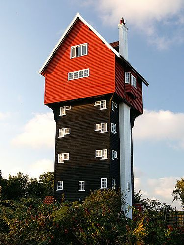 Charmant Water Tank House In Thorpness, England