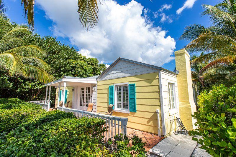 Cottage Rental In Captiva Florida In 2020 Island Vacation Rentals Luxury Vacation Rentals Beachfront