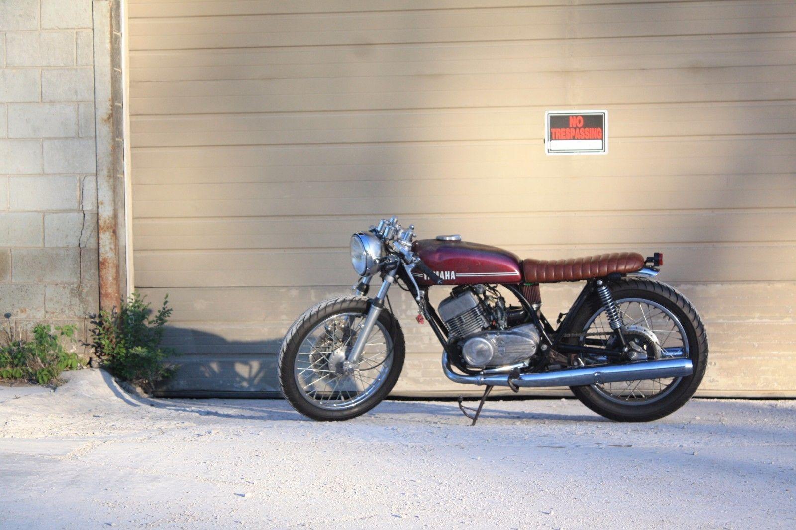 1973 Yamaha RD350 | Finished Project -1973 Yamaha RD350