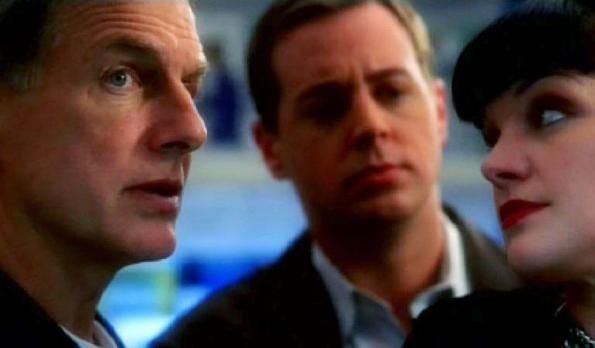 NCIS 04x15 Friends & Lovers