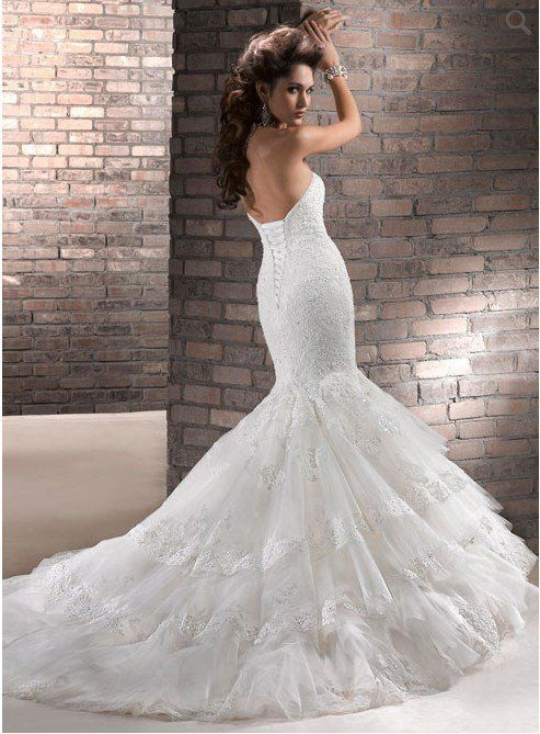Hot wedding dress !