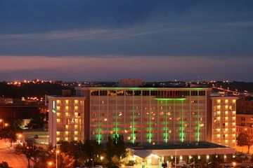 Low Cost Hotel Holiday Inn Sioux Falls City Centre Sioux Falls