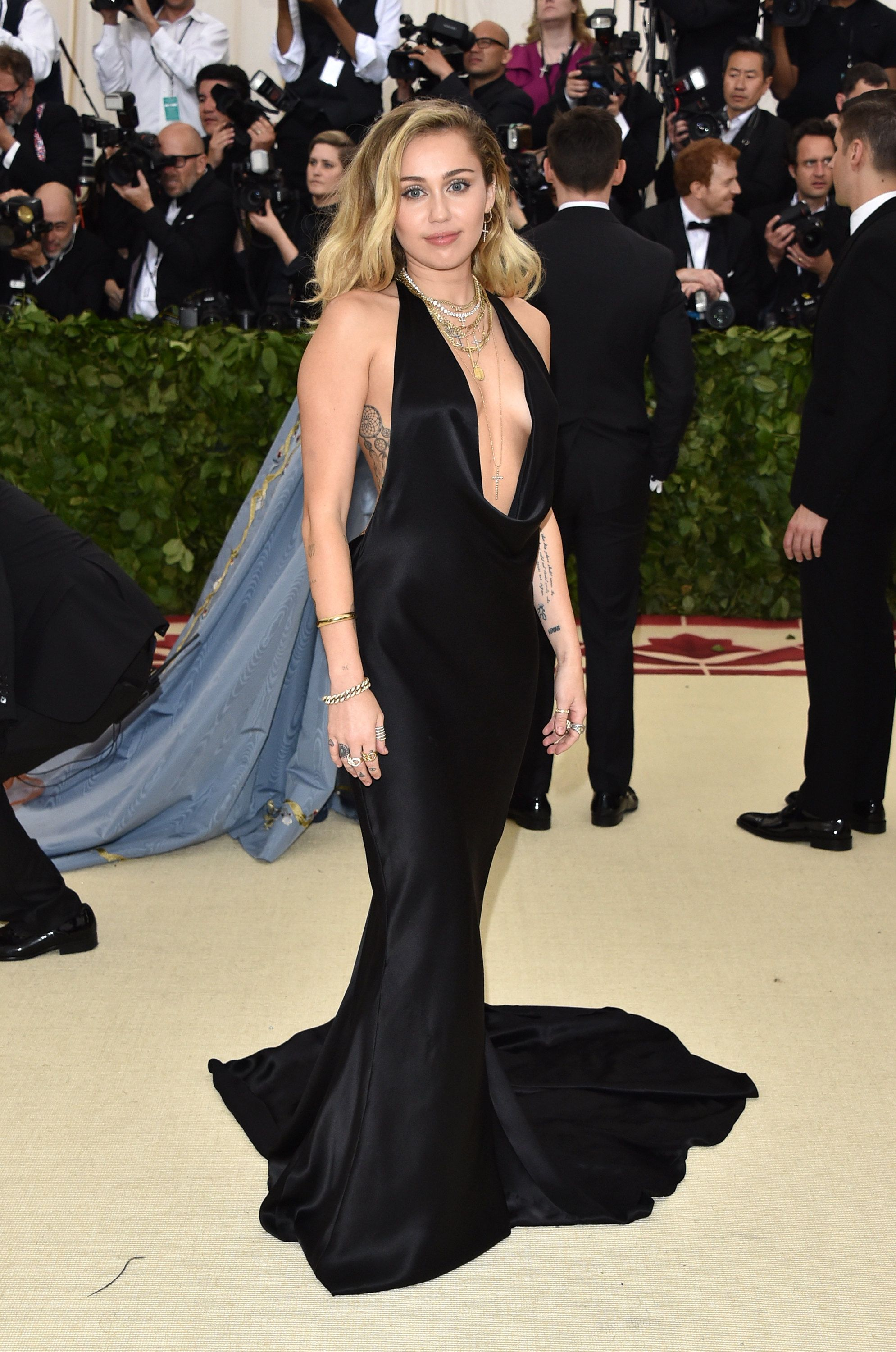 Miley Cyrus in a Stella McCartney gown t the MET Gala \