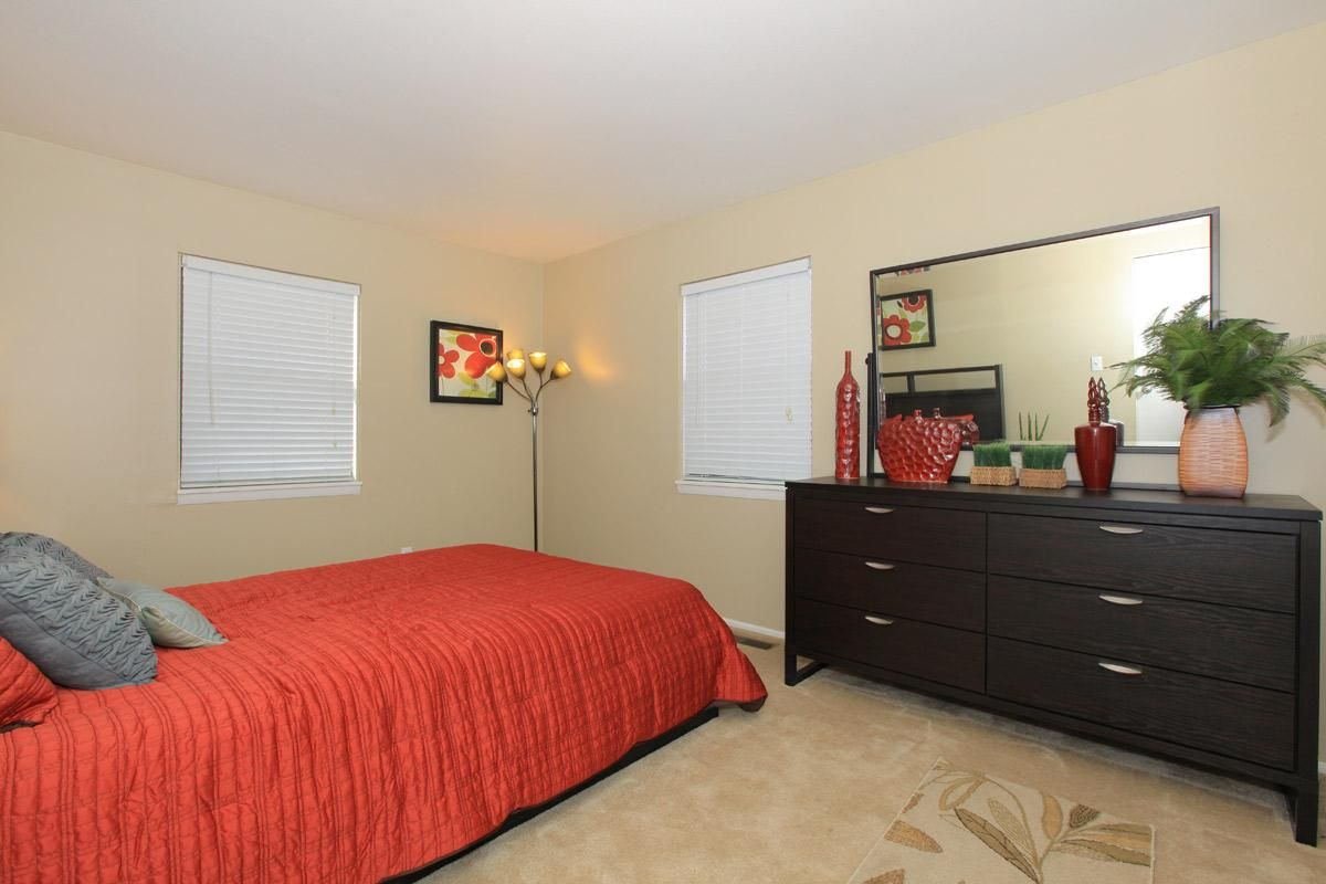 Mayfair Village Apartments Minutes From Purdue University Located In West Lafayette In Bedroom Floor Plans Apartment West Lafayette