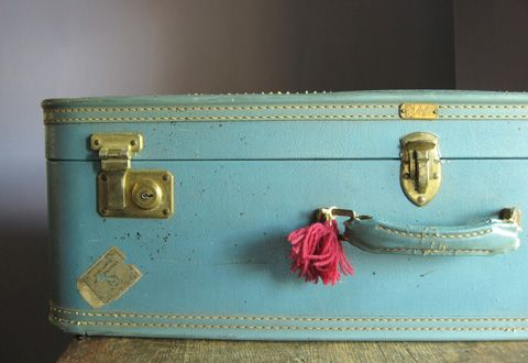 I am very fond of suitcases. Especially, vintage turquoise ones.