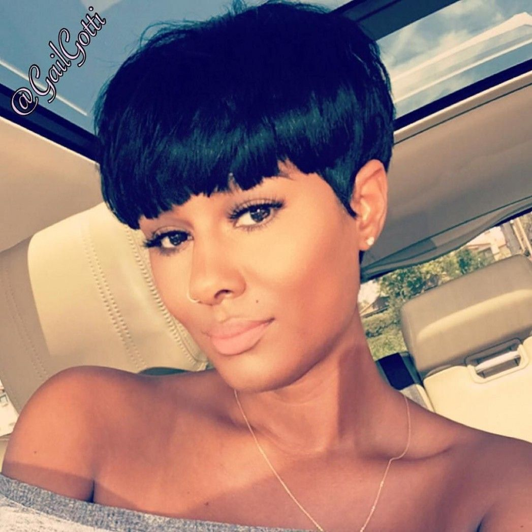 Short Mushroom Hairstyle In 2020 Pixie Hairstyles Black Women Hairstyles Short Hair Styles Pixie