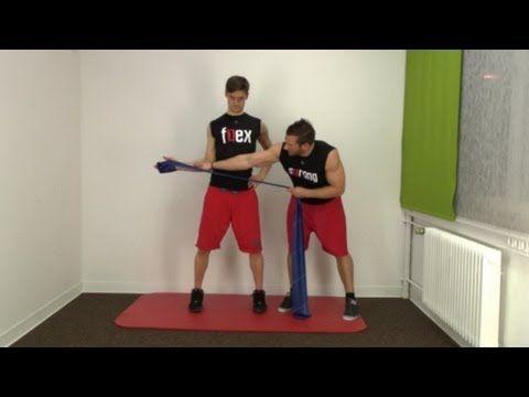 ▶ Schulter Schmerzen ? Diese Theraband Übung hiflt ! - YouTube