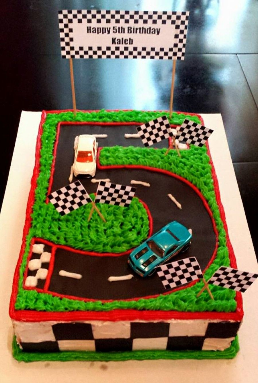 Number 5 Race Track Cake Race Track Cake Cars Birthday Cake