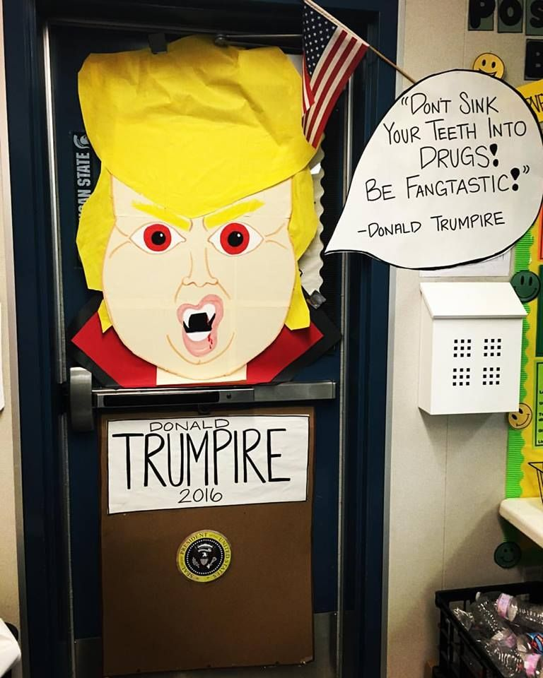 donald trump halloween door decorating middle school donald trumpire red ribbon week
