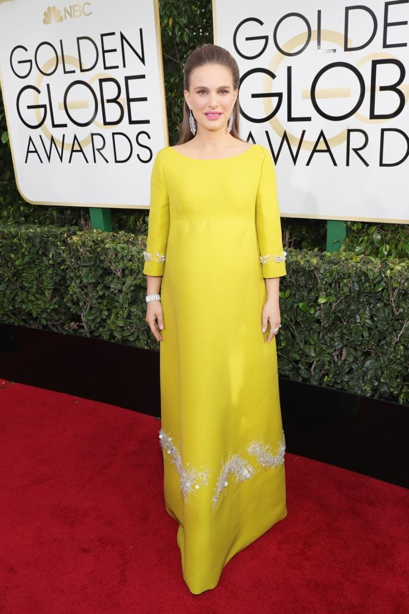 Extremely Chartreuse and Incredibly Pregnant: Natalie Portman in Prada Photo 1