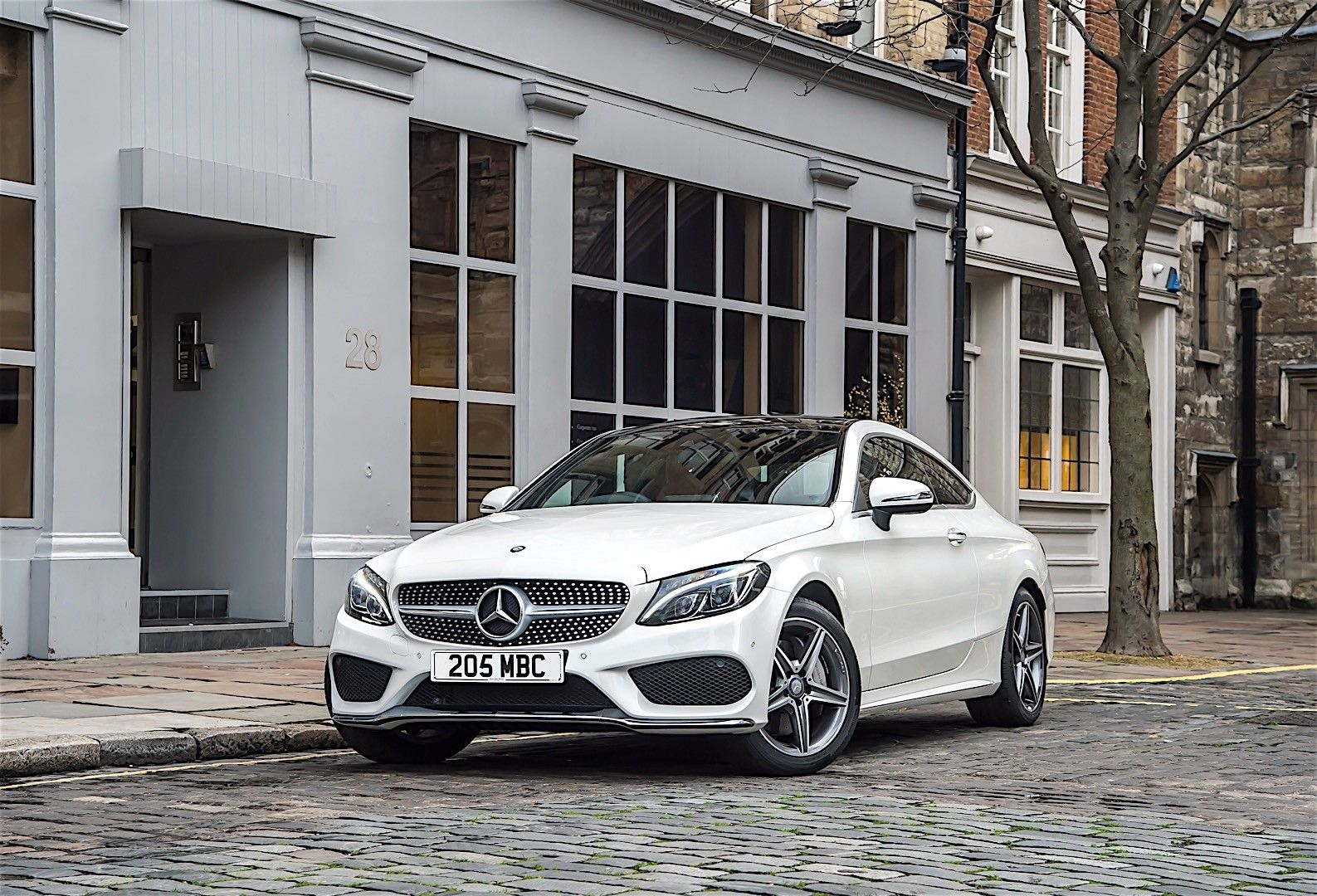 How To Choose A Car Insurance Company With Images Benz C