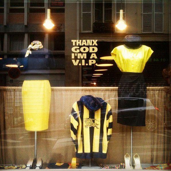 4aa959e9dc A parisian address for vintage and chic apparel -- Thanx God I m a V.I.P.