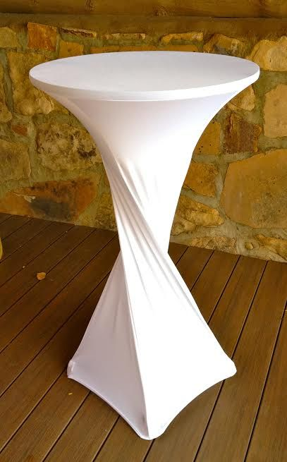 Cute Way To Dress Your Table With Spandex Table Covers