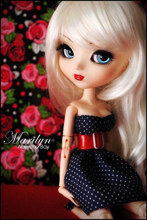 Marilyn (dress and belt by Aaliyoh Boy)