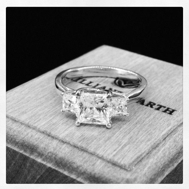 Engagement Ring Etiquette For A Second Marriage Etiquette
