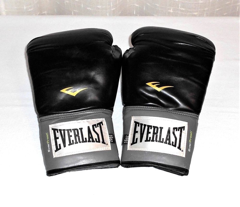 Everlast Ever-Fresh 16 Oz Black Training Boxing Gloves  Everlast ... 5b3f929415b5