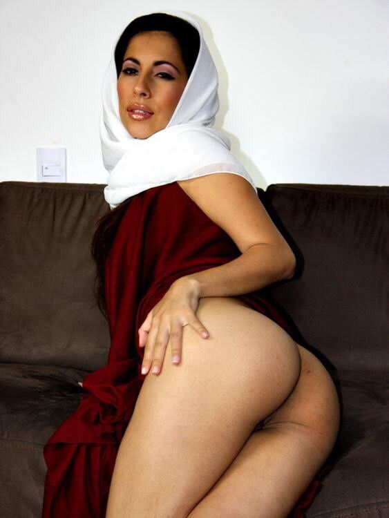 beauty naked muslim girl