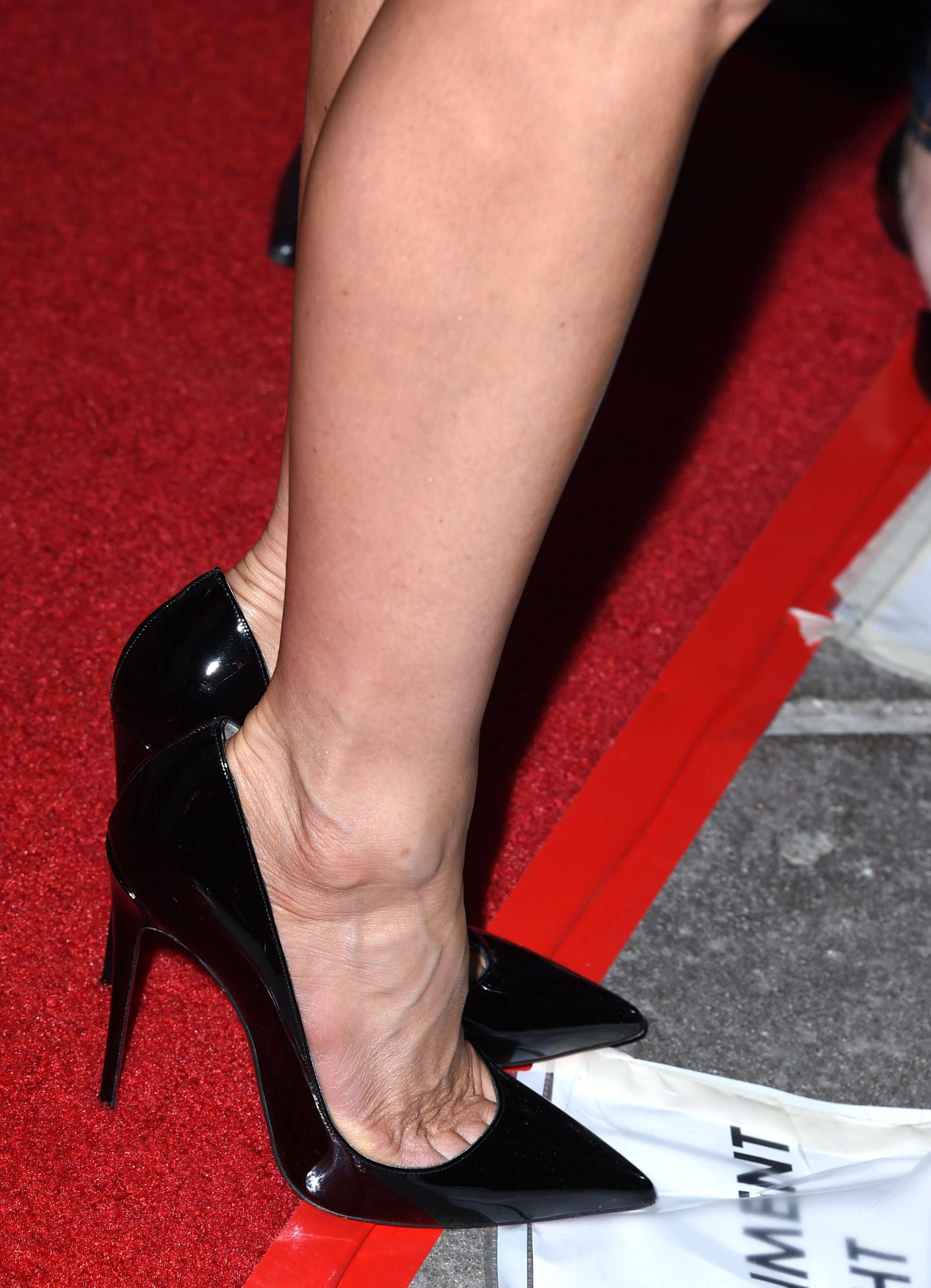 8ff0f94a jennifer aniston's christian louboutin 'so kate 120' pumps at the 'cake'  premiere in hollywood